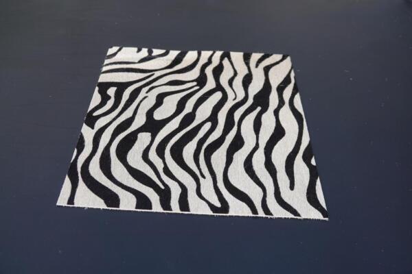 Koeienhuid zebra wit zwart