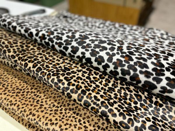 Koeienhuid Leopard medium 1